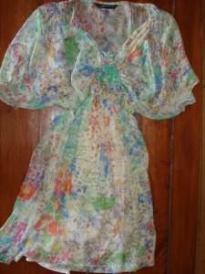 Blomstret silke kjole fra Zara