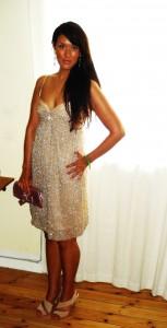 Pudderfarvet palliet kjole fra Saint Tropez