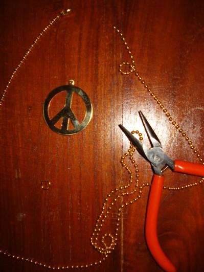 Peace tegn fra Beadhouse
