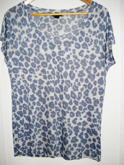 Blue leopard T-shirt from H&M