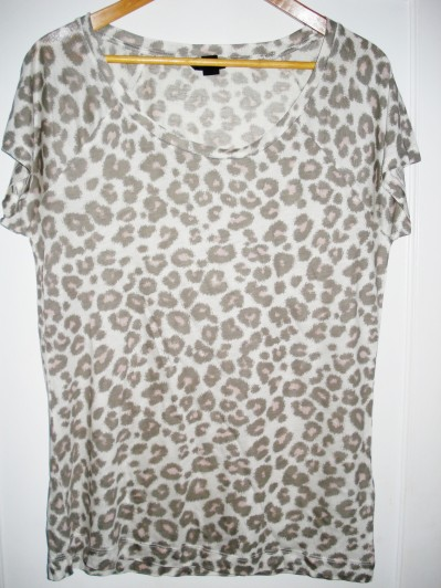 Pink leopard T-shirt from H&M