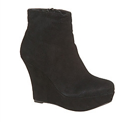 Wedge Boots 85£