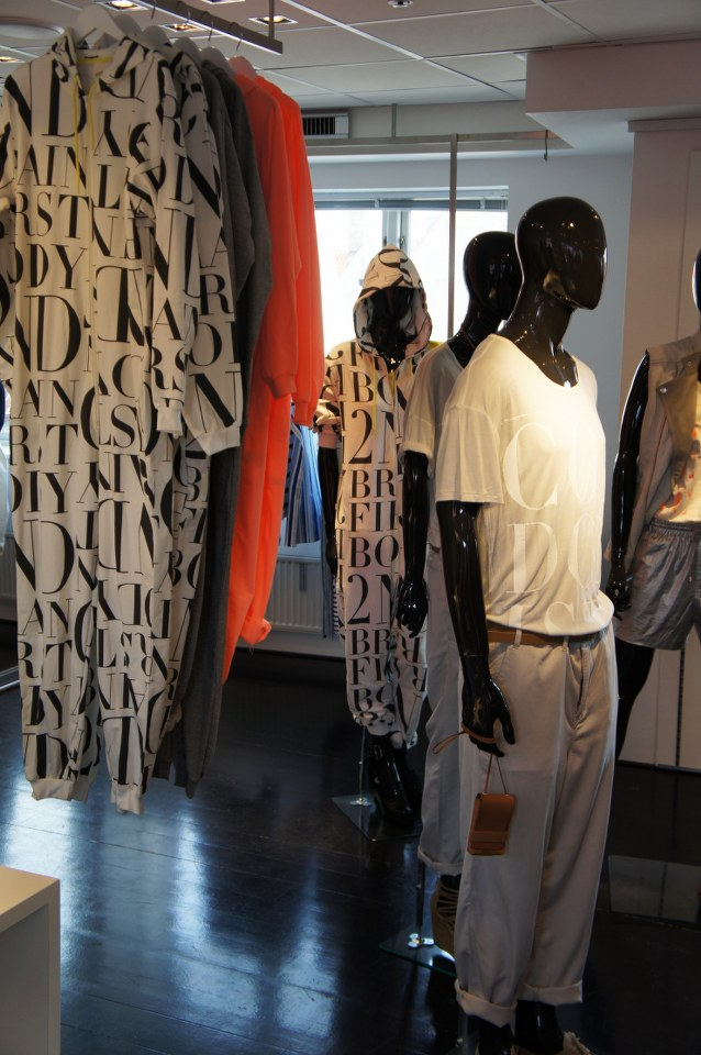H&M Fashion against aids 2011