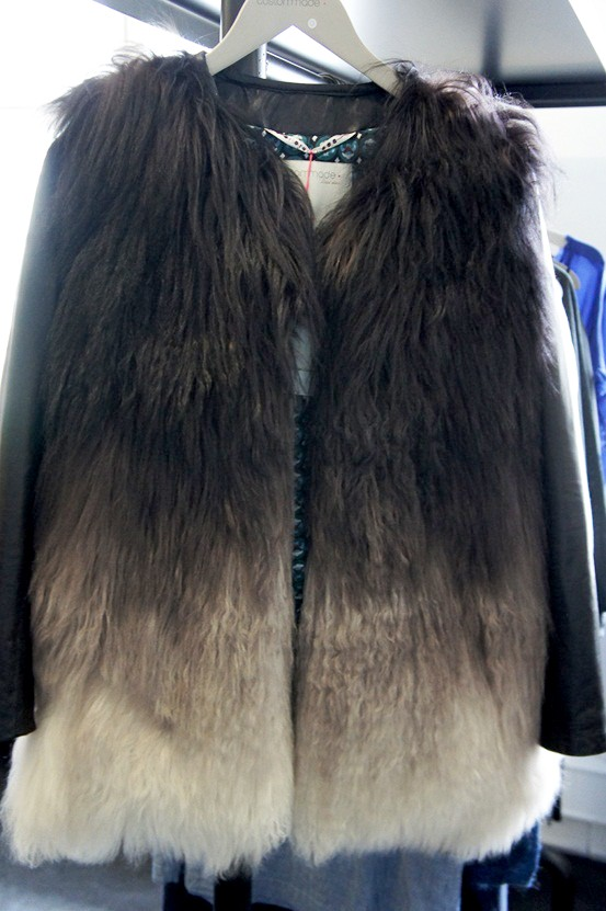 fake fur jacket, two toned jacket, tofarvet jakket, fake pels jakke