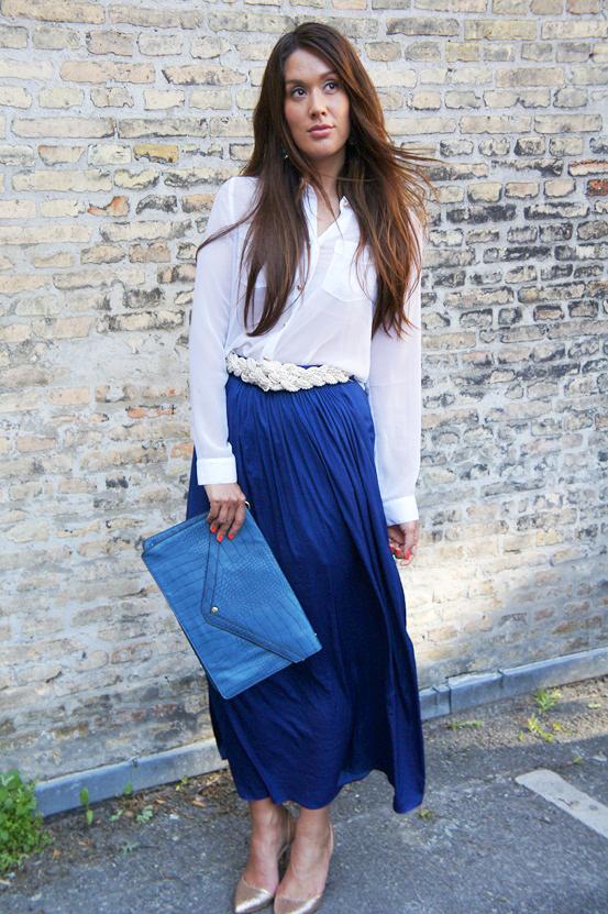 blå maxinederdel zara, blue maxi skirt, fashion blogger outfit, modeblogger dagens outfit, blå clutch,