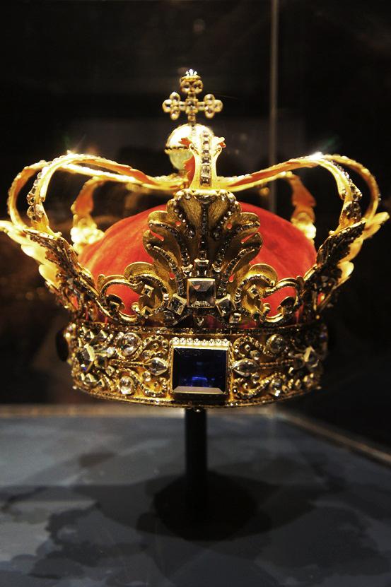 Rosenborg Slot, kronjuveler, Christian 4.s krone og Christian 5.s krone
