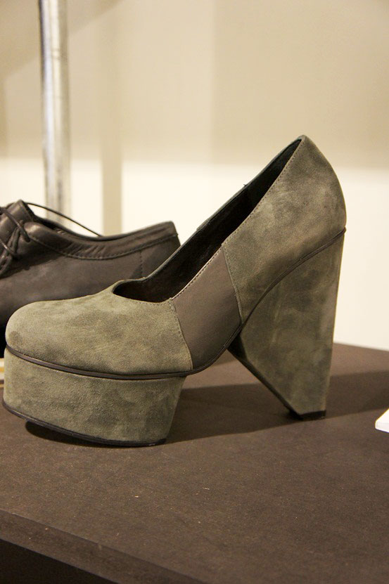 grey pumps, aw12 kollektion integral