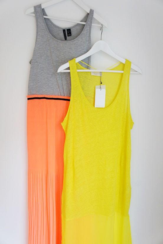 neongul maxikjole zara, neon yellow dress zara, combi maxi dress mango, koralfarvet nederdel kjole