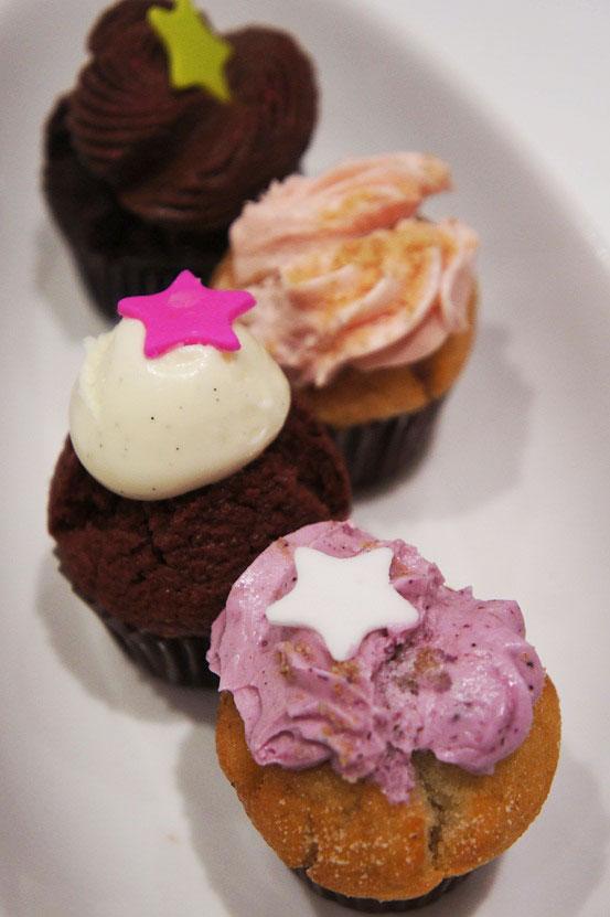 agnes cupcakes, mini cupcakes
