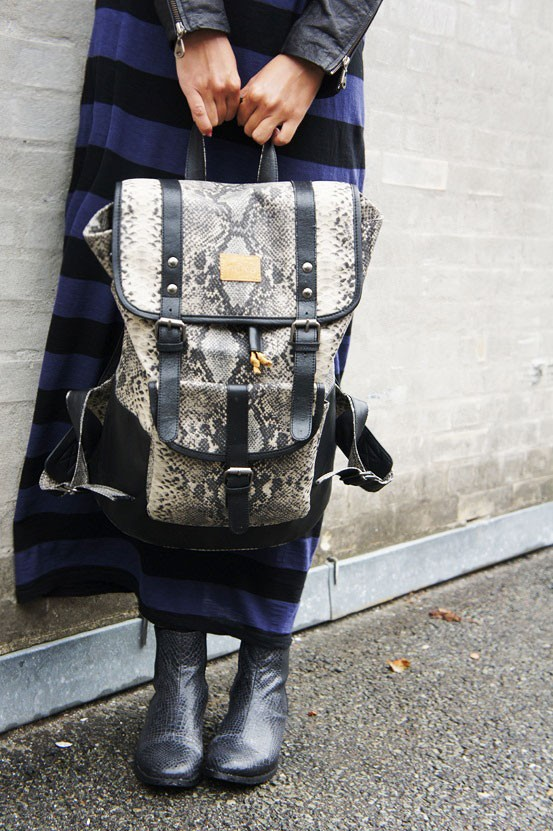 snake backback, nova taske, slange print læder rygsæk