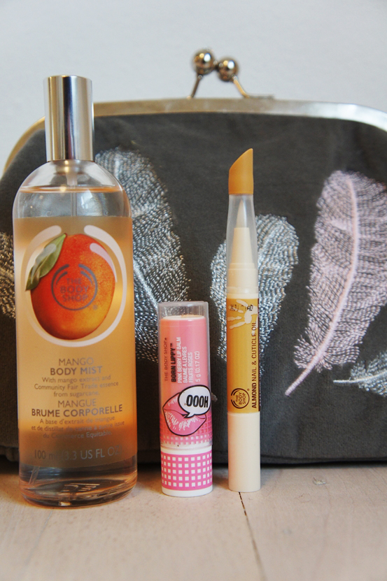 bodyshop Almond Nail & Cuticle Treatment, bodyshop Mango Body Mist, bodyshop Born Lippy™ Stick Lip Balm - Pink Berry, lisbeth dahl makeuppung