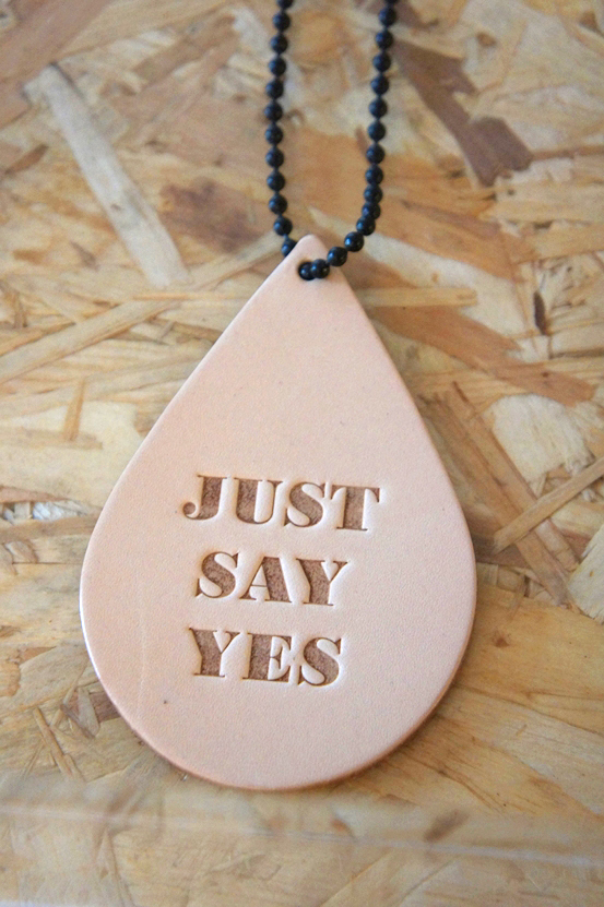 pieces necklace, pieces halskæde, just say yes necklace, just say yes halskæde