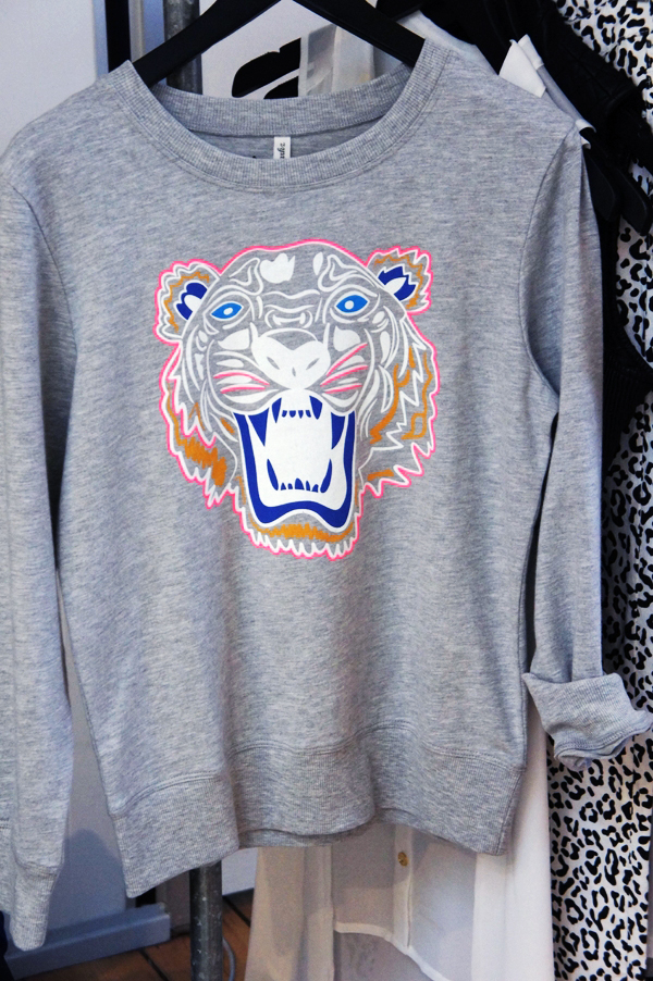 kenzo look alike sweatshirt, tiger print sweatshirt
