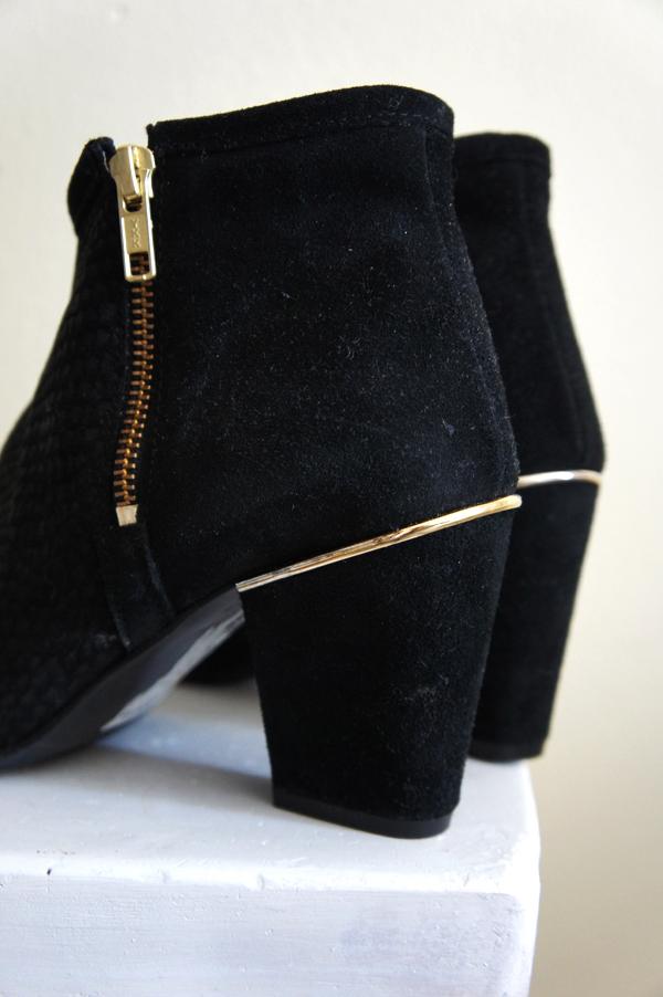 bianco ankelstøvler, bianco boots, sorte støvler og guld