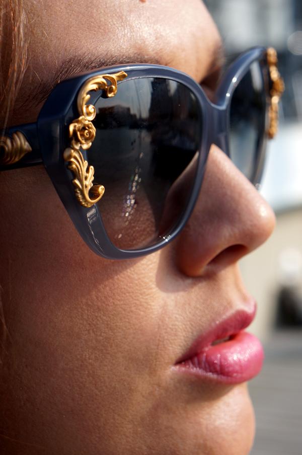Dolce & Gabbana eyewaer, Dolce & Gabbana vilde solbriller, Dolce & Gabbana solbriller med guld dekoration, Dolce & Gabbana sunglasses