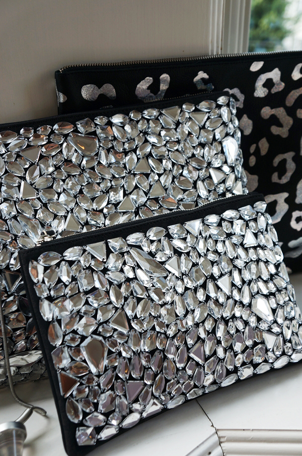 bloing bling clutch, pieces clutch