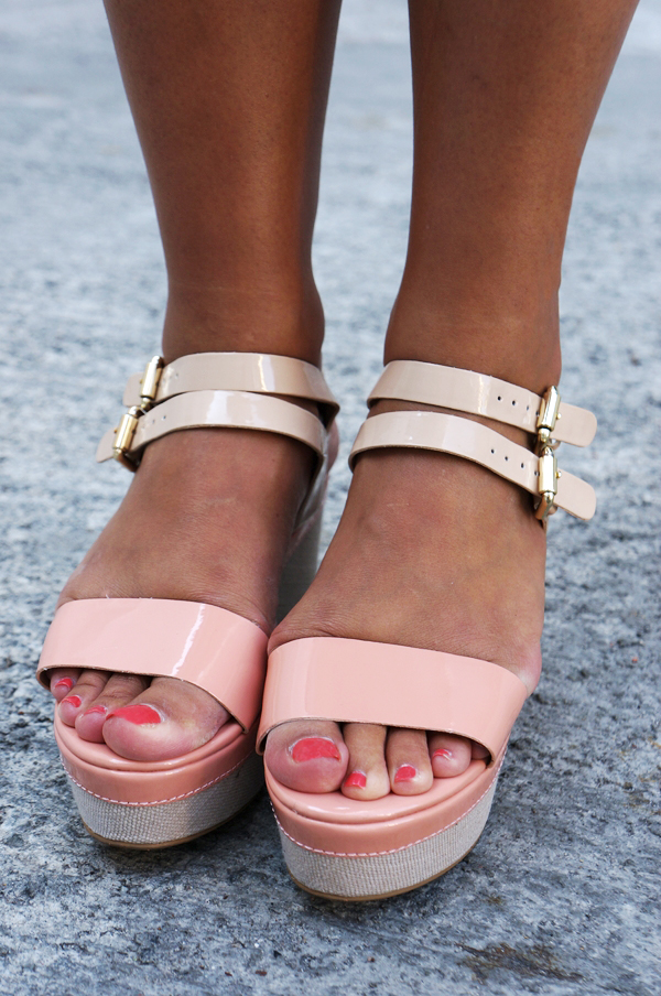 dune flatforms, dune sko, dune sandals, dune shoes, flatforms blogger, pastel cremfarvet sandaler, pink cream colored sandals, dune