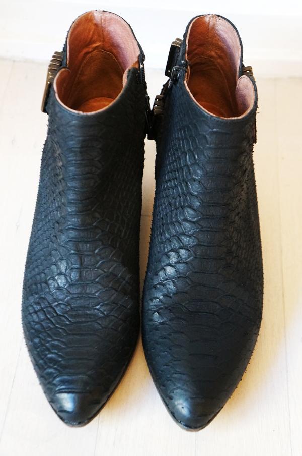 slange ankel støvler, pied a terre snake boots, læderstøvler med slangeprint