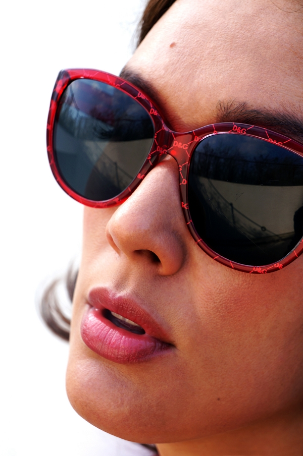 dolce and gabanna, D&G, eyewaer D&G, dolce and gabanna, red sunglasses D&G, sunglasses 2013, D&G 2013