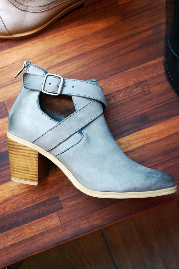 bianco grå støvlette, ankelstøvle grå, bianco sko, bianco støvle grå, cut out boots