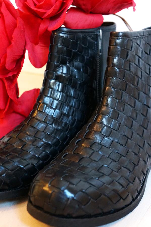 sorte vinterstøvler, black braided B&co boots