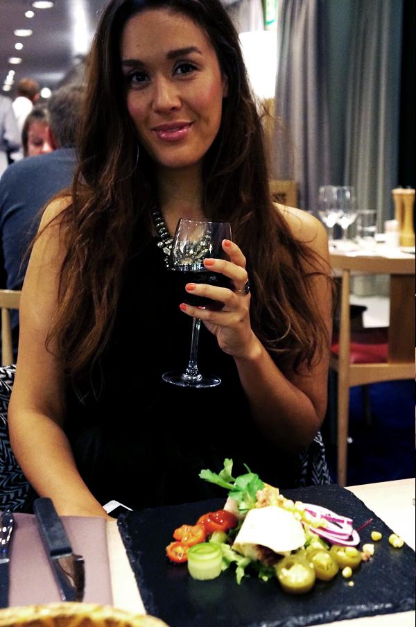 Romantisk weekendophold - MiniCruise med champagne og skønne middage, romantsisk oslo, Explorers Steakhouse