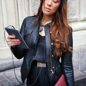 B&O PLAY, hp slate, BeoPlay H6, business woman,