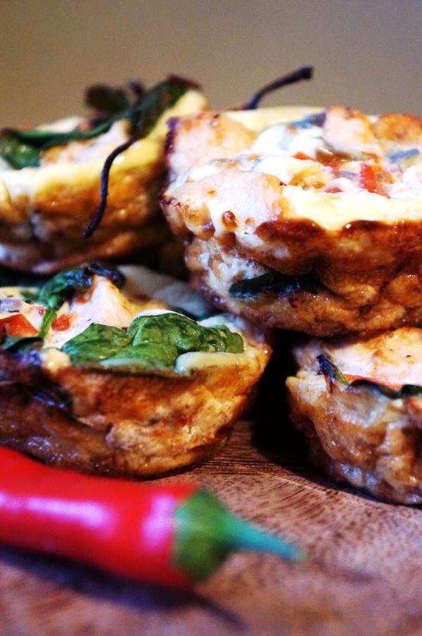 spinat æggehvider kylling opskrift, protein muffins eggwhites, sunhed blog, madblogger, sundhedsblogger, diet blogger, diæt blog