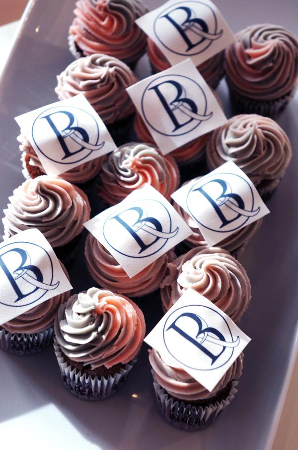logo cupcakes, beauty pr cupcakes