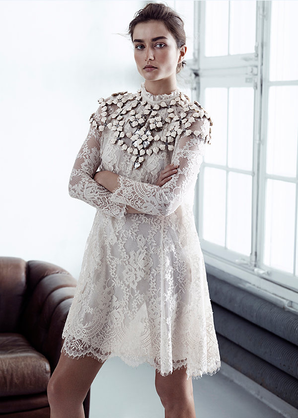 Amber Valletta HM, lace dress hm Conscious, hm Conscious 2014 april, blondekjole hm Conscious