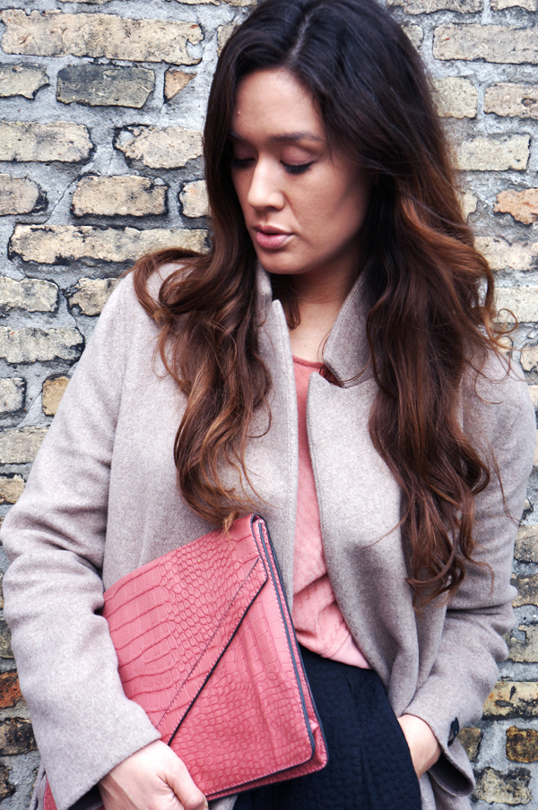 oversize pink clutch, pink taske, delancefashion, ombre hair asian, ombre hår