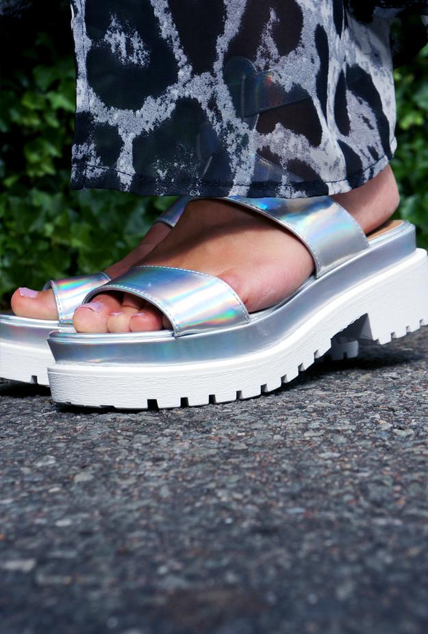 hipster sandaler, metalliske sandaler, sølv sandaler, silver sandals, hipster shoes