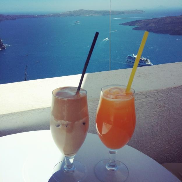 santorini, grækenland santorini, greece santorini, frappe, fresh orange juice, cruise santorini