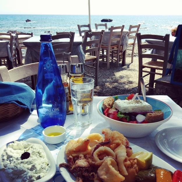 plakias, kreta plakias, calamari, græsksalat, tzatziki, restaurant plakias kreta, crete restaurant, good food plakias