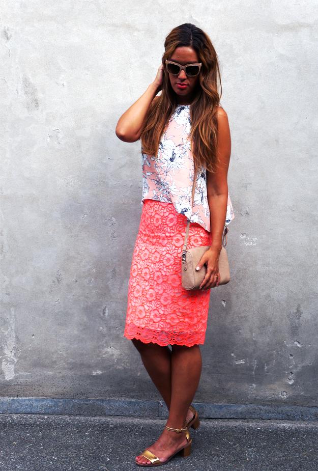 neon pink nederdel blonder, blonde nederdel river island, river island skirt, pink outfit