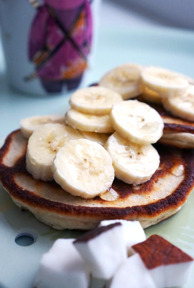 sunde pandekager,frisk kokos, protein pandekager, fitness guru