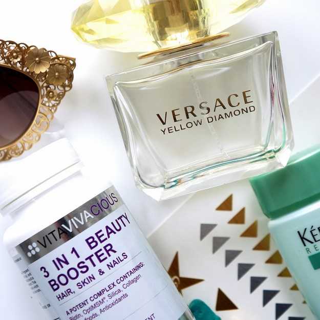 versace yellow diamond, dolce gabbana solbriller, vitaviva 3 in one beauty booster