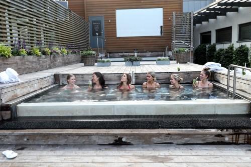 Ystad Saltsjöbad spa, Ystad Saltsjöbad udendørs spa, Ystad Saltsjöbad udendørs jacuzzi